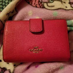 Nwot hot pink leather coach wallet
